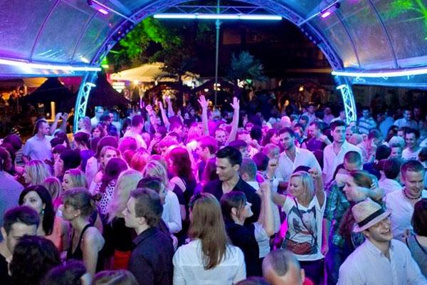 Noche de fiesta en Varsovia. Top 10 Atracciones en Varsovia