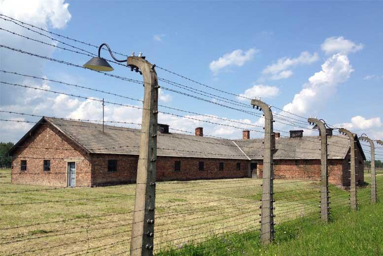 Barracones en Auschwitz Birkenau - Tour Auschwitz-Birkenau en español con guía privado