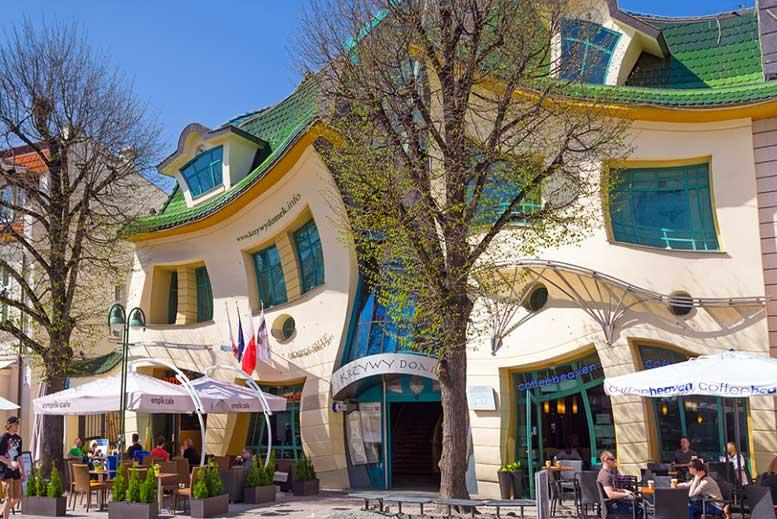 Casa Torcida en Sopot - Tour Sopot con guía privado en español