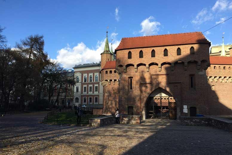 La barbacana de Cracovia - Tour Ciudad Vieja de Cracovia en español con guía privado