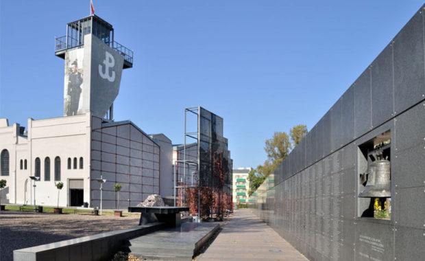 Museo del Levantamiento de Varsovia - Tour Museo del Levantamiento de Varsovia en español