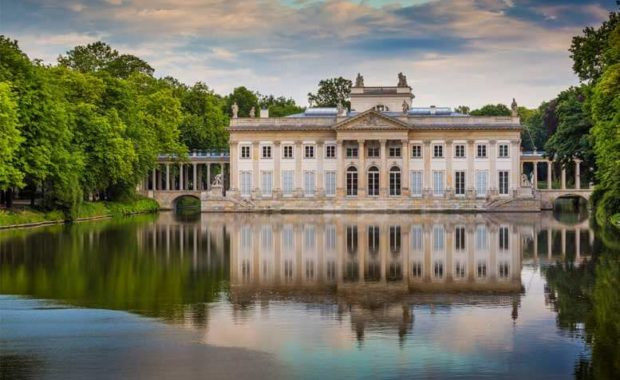 Palacio sobre agua del Parque Lazienki - Tour Parque Lazienki en español
