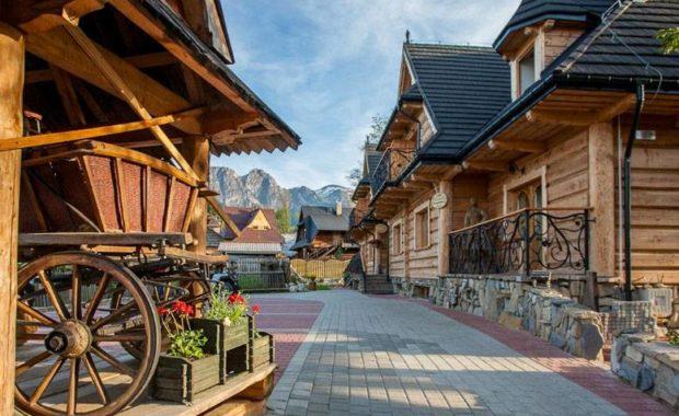 Pueblo original de madera en Zakopane - Tour Zakopane y los Montes Tatra en español con guía privado